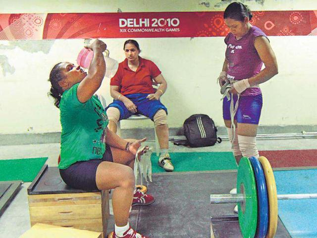Asian Youth Games,overage weightlifters,Indian Weightlifting Federation
