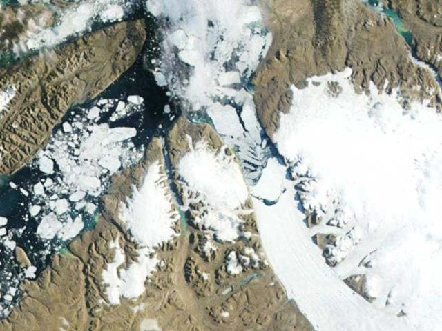 The-Petermann-Glacier-grinds-and-slides-toward-the-sea-terminating-in-a-giant-floating-ice-tongue-in-this-third-in-a-series-of-three-images-taken-by-the-Moderate-Resolution-Imaging-Spectroradiometer-MODIS-on-NASA-s-Aqua-satellite-along-the-northwestern-coast-of-Greenland-on-July-16-2012