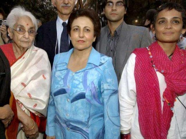 File-photo-of-Captain-Lakshmi-Sehgal-who-was-part-of-Subhash-Chandra-Bose-s-Indian-National-Army-with-2003-Nobel-Peace-laureate-Shirin-Ebadi-C-and-writer-Arundhati-Roy-R-AFP