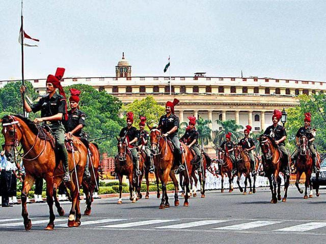 Presidential-bodyguards-rehearse-in-front-of-Parliament-House-in-the-Capital-on-Saturday-for-the-swearing-in-ceremony-of-the-next-President-scheduled-for-Wednesday-PTI-Shahbaz-Khan