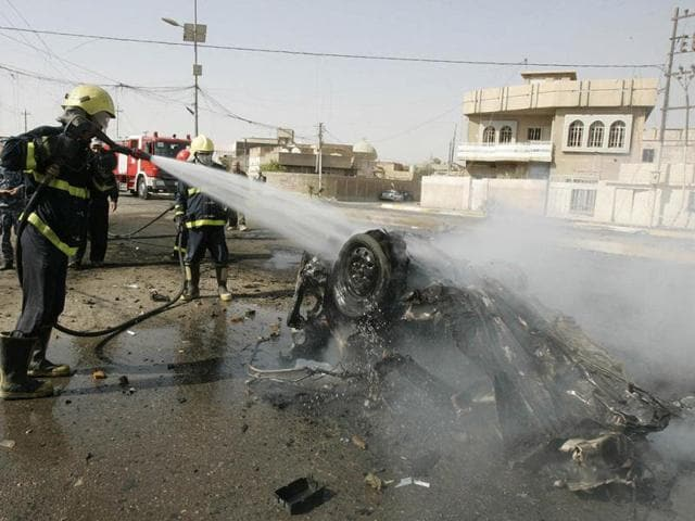 suicide attack,Shiite mosque,sectarian attacks