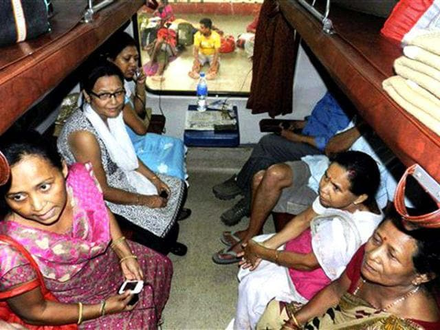 National Human Rights Commission,Akhand,train toilets