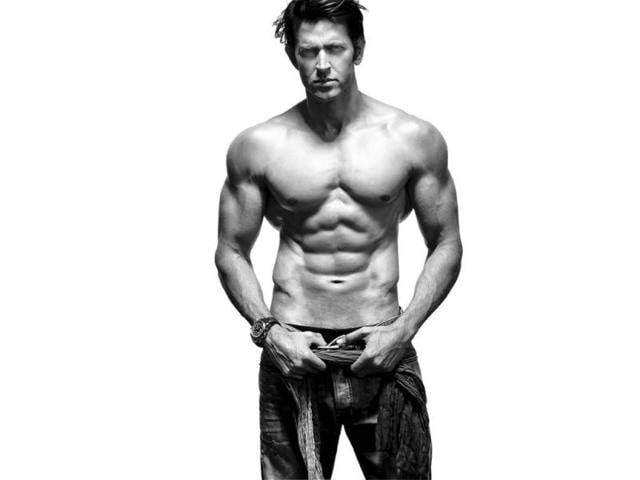 In-the-upcoming-issue-Hrithik-Roshan-also-talks-about-how-he-fought-a-lonely-but-determined-fight-against-fitness-and-confidence