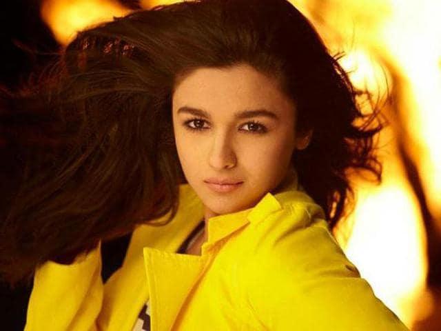Alia-Bhatt-is-Mahesh-Bhatt-s-daughter