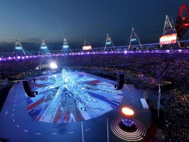 The-Olympic-Flame-burns-in-the-Olympic-Stadium-at-the-start-of-the-closing-ceremony-of-the-London-2012-Olympic-Games-Reuters-Pawel-Kopczynski