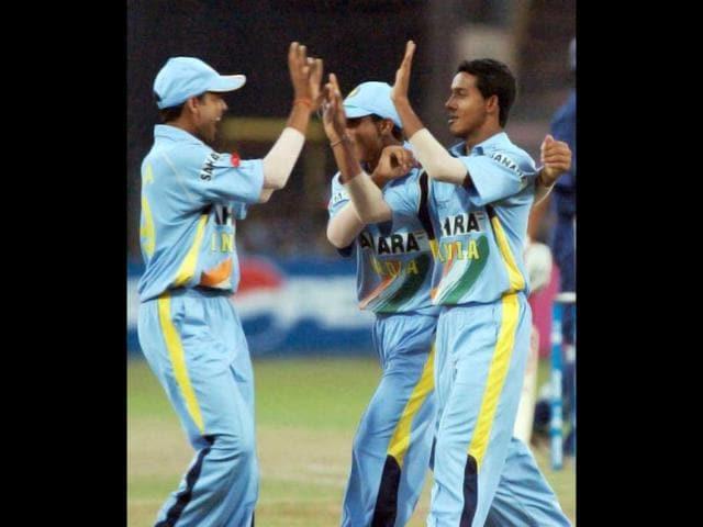 Ravikant Singh,Medium pacer,cricket