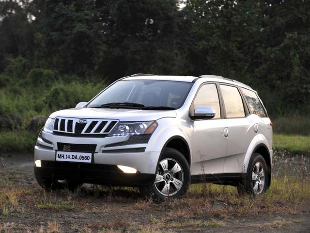 The-automatic-version-of-Mahindra-s-XUV-500