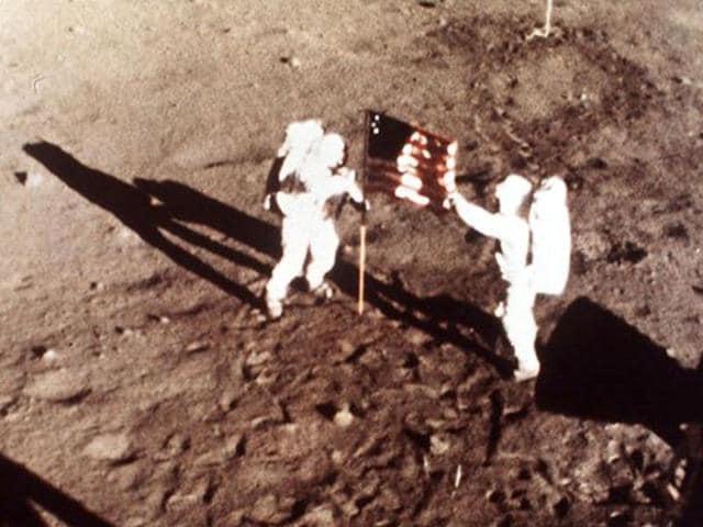 Apollo 11,The Eagle,MOON TRIP