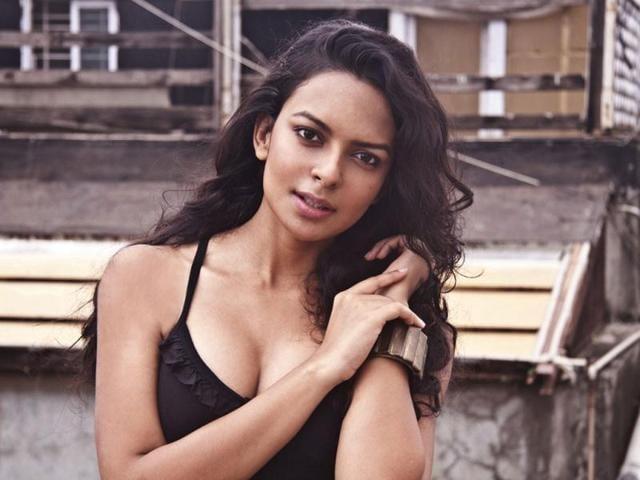 Bollywood-actress-Bidita-Bag