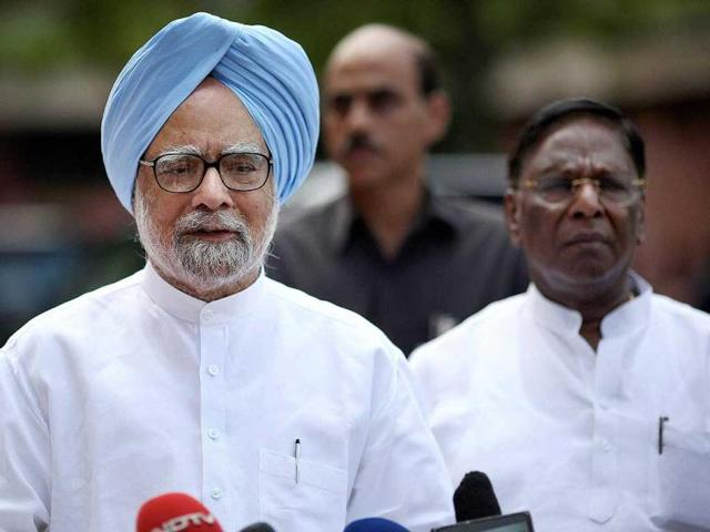 Prime-Minister-Manmohan-Singh-addresses-the-media-at-Parliament-on-the-last-day-of-monsoon-session-in-New-Delhi-PTI-Photo