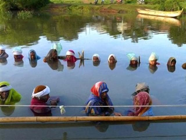 Narmada dam row: 51 dam oustees neck-deep in water