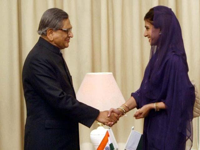 Don't set us terms, Hina Rabbani Khar tells India