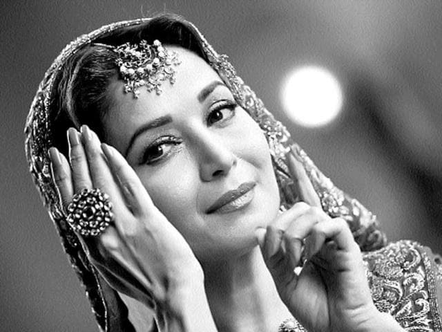 Madhuri-Dixit-has-two-films-lined-up-for-release-this-year-Dedh-Ishqiya-and-Gulab-Gang-The-latter-is-in-post-production-stage-HT-Photo
