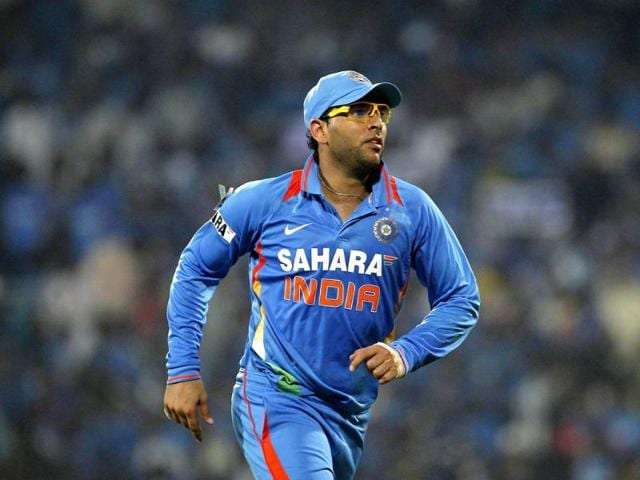 Yuvraj-Singh-runs-as-he-leaves-the-field-during-their-second-Twenty20-cricket-match-against-New-Zealand-in-Chennai-Reuters-UNI