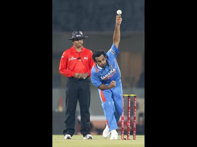 Indian-bowler-Zaheer-Khan-in-action-during-second-T20-cricket-match-played-between-India-and-New-Zealand-at-MA-Chidambaram-Stadium-in-Chennai-HT-Satish-Bate