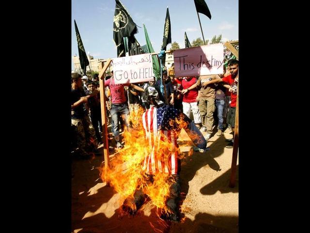 Defaced Quran triggers riot in Ghaziabad,cop vans burnt,Indirapuram in Ghaziabad