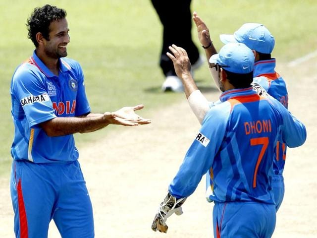 Irfan-Pathan-L-celebrates-taking-the-wicket-of-Sri-Lanka-s-Dilshan-Munaweera-during-their-warm-up-cricket-match-ahead-of-the-World-Twenty20-T20-cricket-series-in-Colombo-Reuters-photo-Dinuka-Liyanawatte