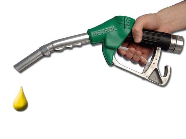 P Chidambaram,oil subsidy bill,fuel price hikes