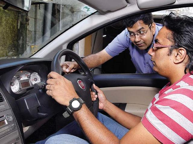 Soon, sensors in cars to prevent drunk people from driving