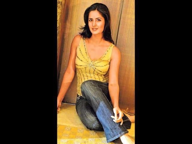 2005: Some styleKatrina cut her hair and styled it well. Her subtle and elegant make-up found favour with fashion watchers