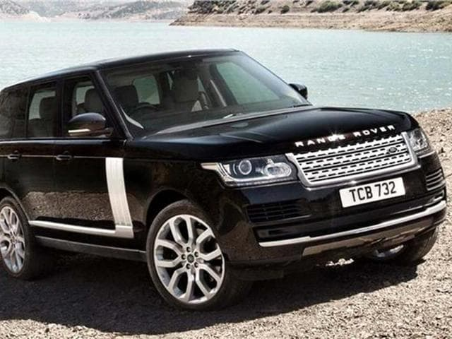 New Range Rover 4 is lighter,more frugal,more spacious and significantly more refined. We bring you complete details