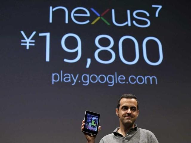 Director-of-Product-Management-at-Google-Hugo-Barra-shows-the-Nexus-7-tablet-at-a-promotional-event-for-the-device-in-Tokyo-Reuters-Kim-Kyung-Hoon