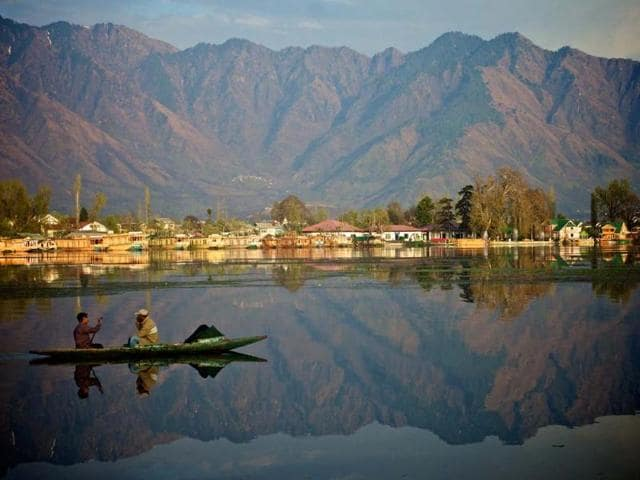 The-government-of-Kashmir-has-opened-a-new-eco-tourism-campsite-Photo-AFP-Tongik-Shutterstock-com