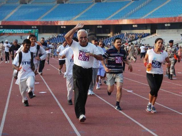 People participating in half marathon organised by ITBP at JLN Stadium in New Delhi. (UNI)