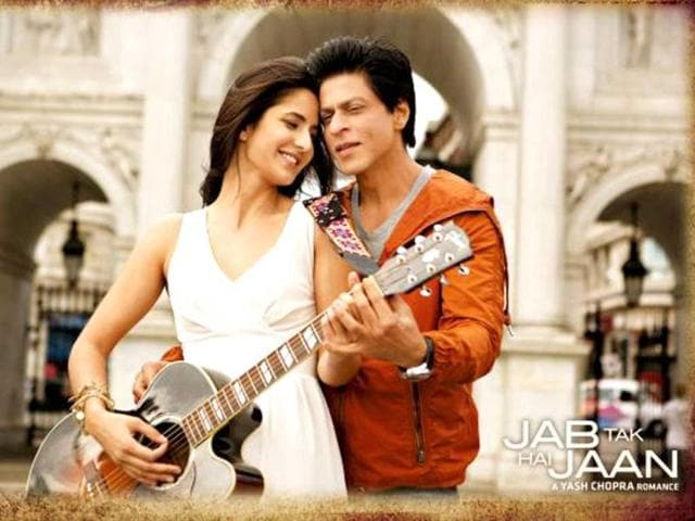 SRK plays Samar Anand in Jab Tak Hai Jaan, while Katrina Kaif plays Khushi.