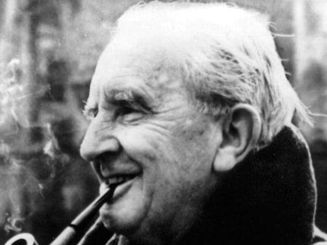 JRR Tolkien,the one ring,roman