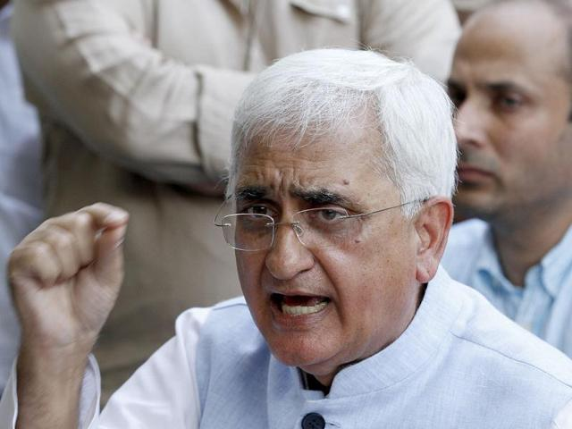 As the standoff between India and China continues due to a flare-up at the disputed border, External affairs minister Salman Khurshid is set to visit China on May 9.
