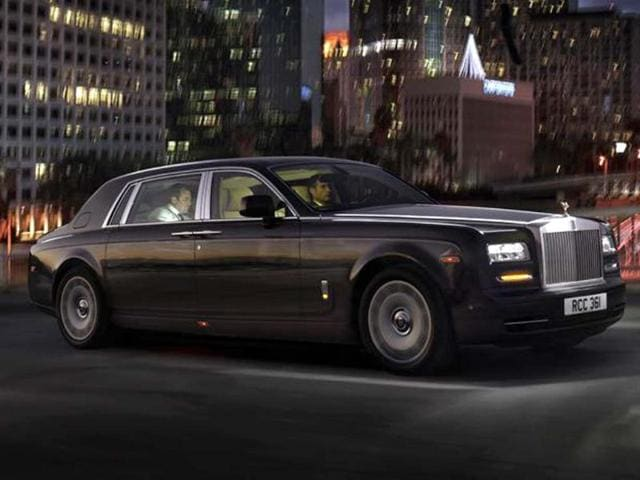 Rolls-Royce Phantom Series II launched,eight-speed automatic gearbox,453bhp 6.7-litre V12 engine