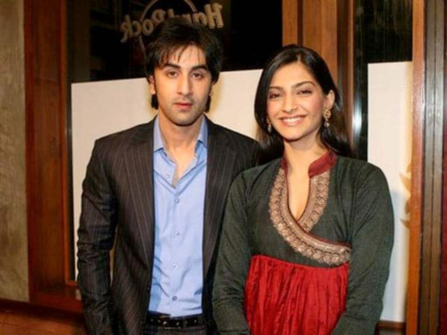 Sonam and Ranbir are known to have been very pally and Sonam even claims to be chaddi buddies with the Kapoor boy.