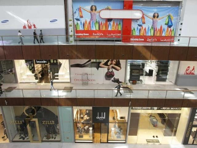 Malls-in-Dubai-plan-to-offer-24-hour-shopping-for-Eid-al-Adha-festivities-Photo-AFP-Karim-Sahib
