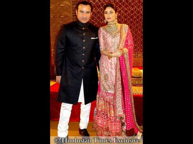 Sharmila-Tagore-threw-a-formal-reception-in-Delhi-for-her-newly-wed-son-Saif-Ali-Khan-and-his-bride-Kareena-Kapoor-While-Saif-looked-every-bit-the-nawab-in-a-black-bandhgala-Kareena-looked-absolutely-beautiful-in-a-pink-embellished-garara