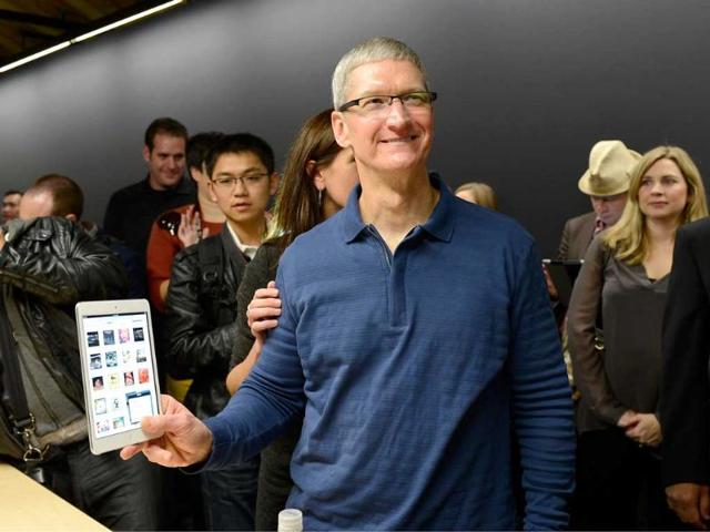 Apple-CEO-Tim-Cook-displays-the-new-iPad-mini-after-it-was-unveiled-during-an-Apple-special-event-at-the-historic-California-Theater-in-San-Jose-California-AFP-Photo-Kevork-Djansezian
