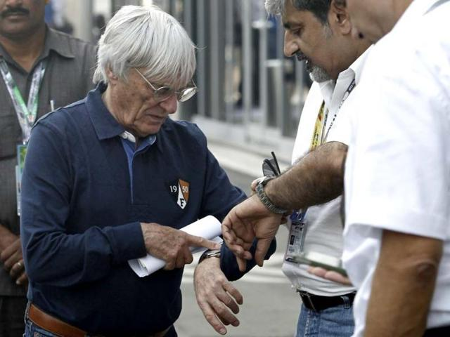 Formula-One-commercial-supremo-Bernie-Ecclestone-checks-his-watch-at-the-Buddh-International-Circuit-in-Greater-Noida-Reuters-Photo