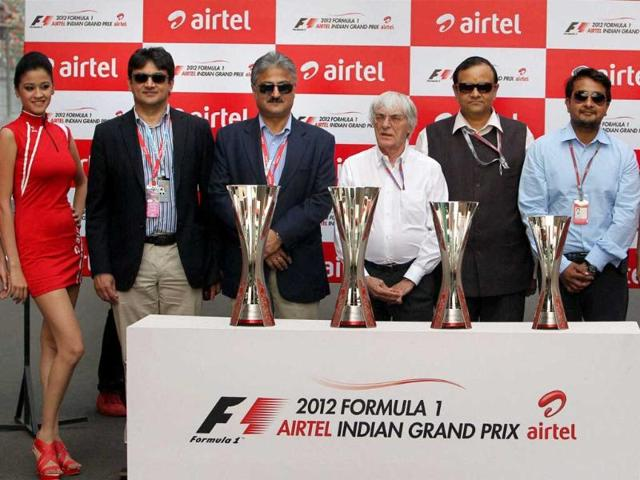 President-and-CEO-of-F1-managing-and-administration-Bernie-Ecclestone-with-CEO-India-and-South-Asia-of-Bharti-Airtel-Sanjay-Kapoor-and-others-unveil-the-Formula-One-Trophy-at-the-Buddh-International-Circuit-in-Greater-Noida-PTI-Manvender-Vashist