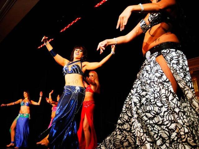 Jashn-e-Banjara,belly-dancing acts,Indian dances