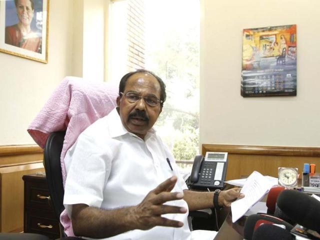 M Veerappa Moily,diesel price,oil import