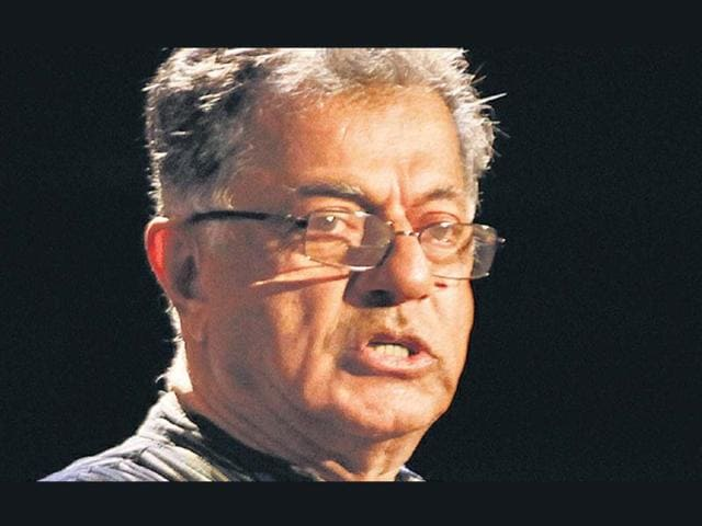 Playwright-Girish-Karnad-during-the-ongoing-Literature-Live-festival-in-Mumbai