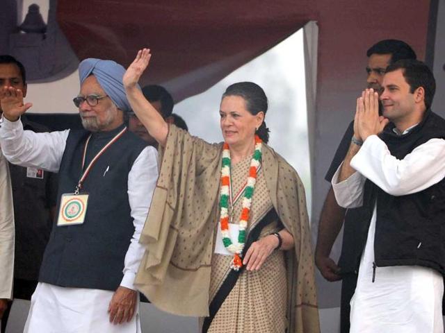 Prime-Minister-Manmohan-Singh-Congress-president-Sonia-Gandhi-general-secretary-Rahul-Gandhi-Delhi-CM-Sheila-Dikshit-and-DPCC-president-JP-Agarwal-during-the-party-s-rally-at-Ramlila-Maidan-in-New-Delhi-Virendra-Singh-Gosain-Hindustan-Times