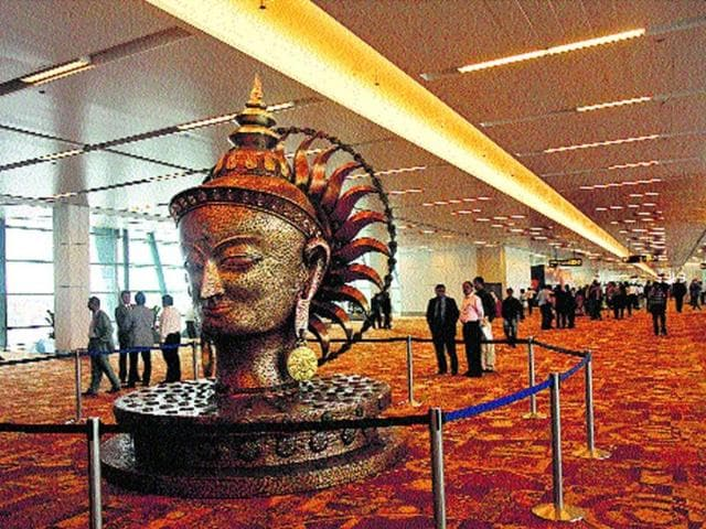 Gateway-of-a-city-Airports-aren-t-just-portals-anymore-they-convey-the-first-impression-about-places-Shown-below-is-the-bronze-statue-of-Buddha-at-IGI-Terminal-3-which-depicts-the-traditional-aspect-of-India