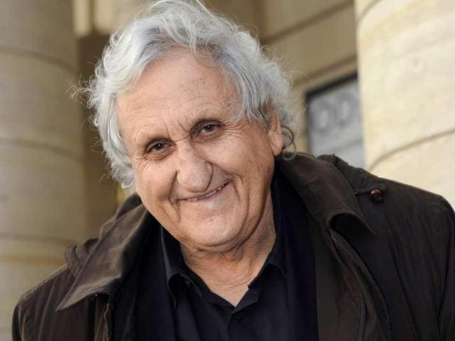Israeli-writer-Avraham-B-Yehoshua-with-his-book-Retrospective-in-front-of-the-Odeon-Theatre-on-November-6-2012-in-Paris-Photo-AFP-Bertrand-Guay