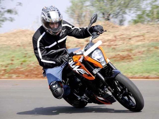 KTM 200 Duke review