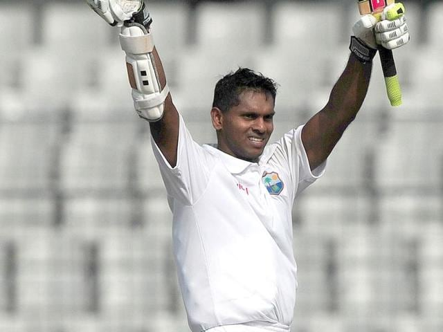 West-Indies-cricketer-Shivnarine-Chanderpaul-acknowledge-the-crowd-after-scoring-a-double-century-during-the-second-day-of-the-first-Test-match-between-Bangladesh-and-West-Indies-at-the-Sher-e-Bangla-National-Cricket-Stadium-in-Dhaka-AFP-Photo