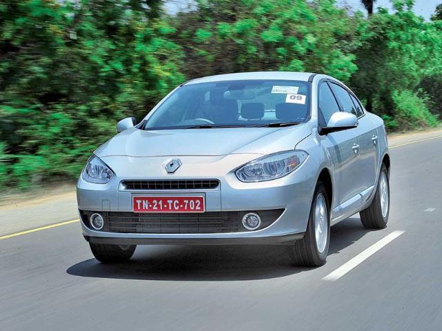 2011-Renault-Fluence