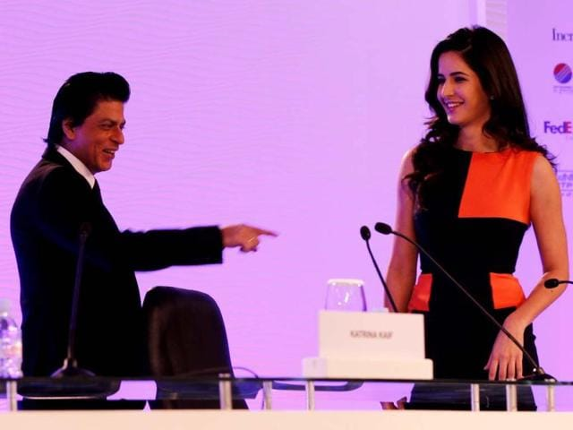 Shah Rukh Khan, actor and producer and Katrina Kaif, actor in conversation with Vir Sanghvi, senior journalist, during the first day of the Hindustan Times Leadership Summit in New Delhi. HT/Ajay Aggarwal