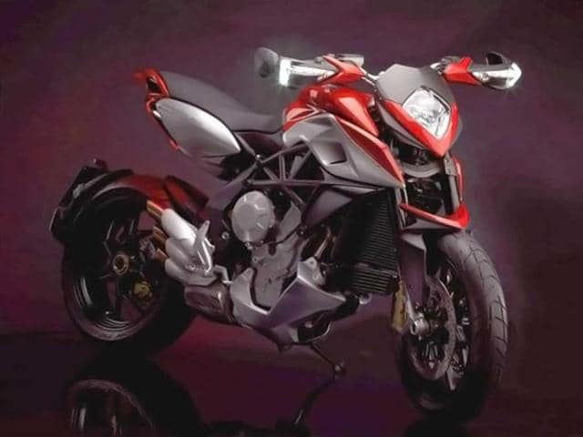 MV Agusta scores with Rivale 800