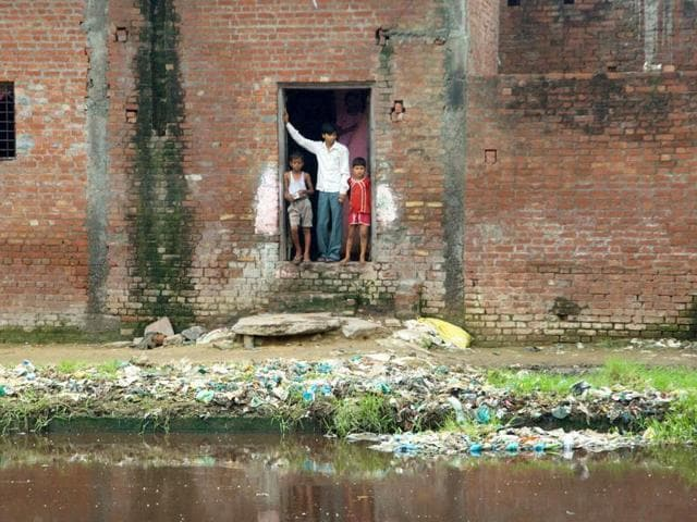 sanitation,toilets,open defecation